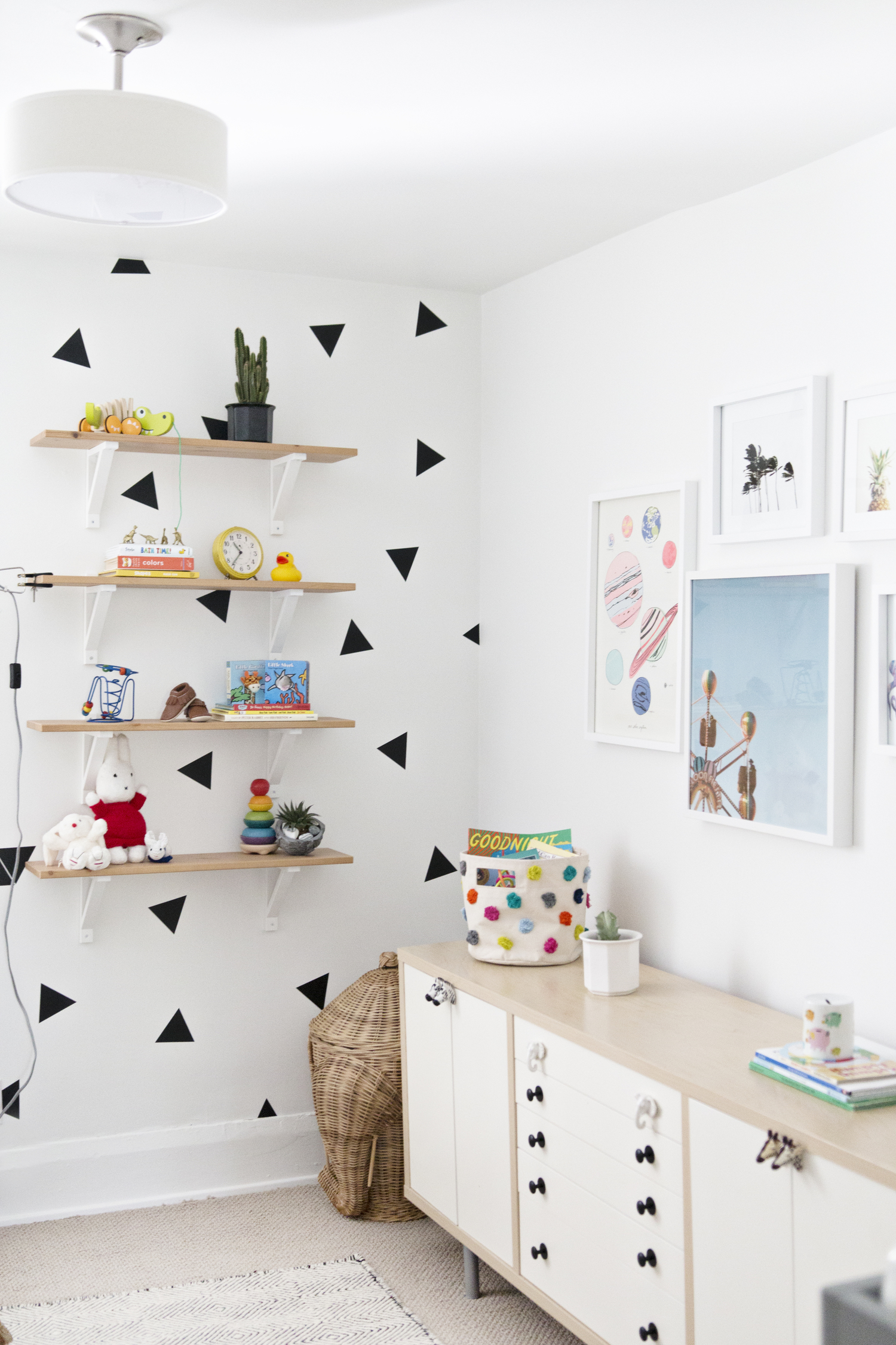 Nursery+Elsie+and+Kel1